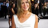 Jennifer Aniston And Gwyneth Paltrow Follow One Very Simple Rule To Get A Good Night's Sleep