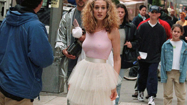 A Breakdown Of Carrie Bradshaw's Most Iconic Outfits