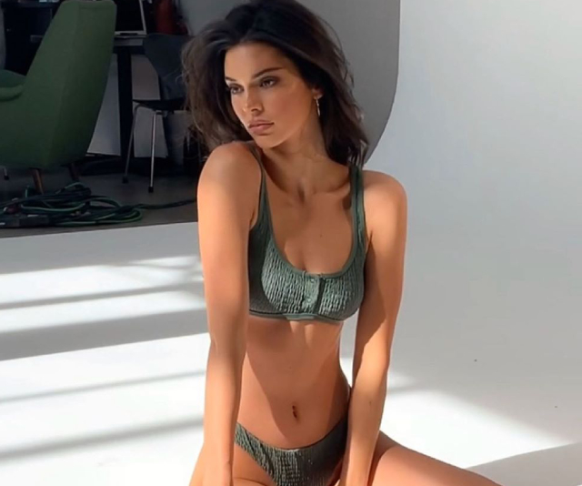 Kendall Jenner's At-Home Ab Workout Only Takes 11 Minutes