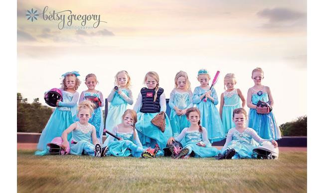 Fierce Frozen Photoshoot Of All-Girls Soft Ball Team