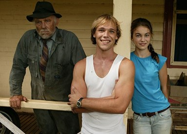 Could Lincoln Lewis be headed back to Summer Bay?