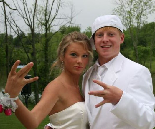 Taylor Swift at her Prom