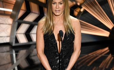 Jennifer Aniston breaks down at the 2017 Oscars