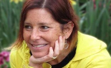 The author who wrote a heart-breakingly touching Tinder profile for her husband has passed away