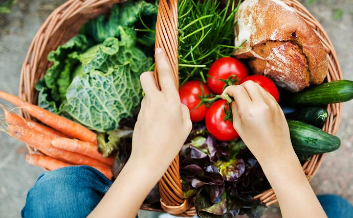 Can a balanced diet aid in cancer prevention?