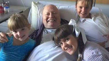 Bert Newton leaves hospital after suffering from pneumonia
