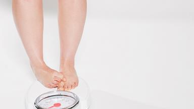 Ready to kick those weight loss goals? Here's how to lose 30kg in 6 months