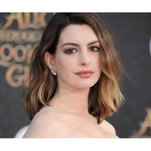 Anne Hathaway Now And Then: Anne Hathaway Almost Killed Her Son At The Playground