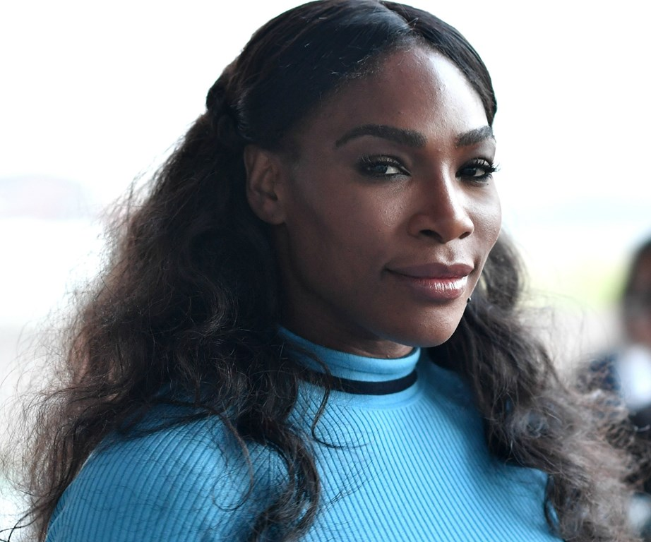 New mum Serena Williams says she has suffered from menstrual migraines for years.