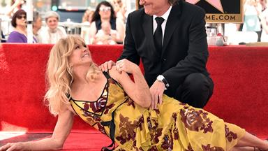 Goldie Hawn and Kurt Russell just redefined #relationshipgoals (and we're not crying, you are)
