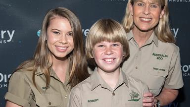 Bindi Irwin just shut down rumours about her mum's love life and we're cheering