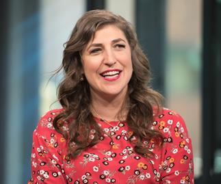 Mayim Bialik adopts cat