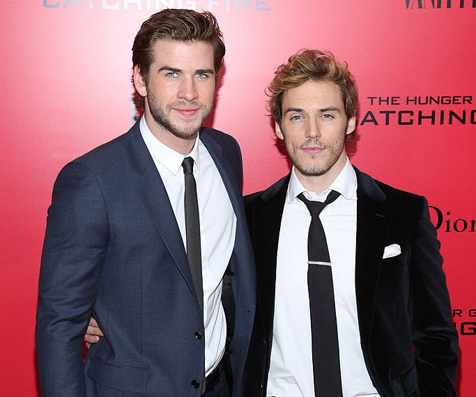 Sam Clafin and Liam Hemsworth