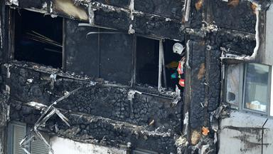 London fire: Twelve confirmed dead but police expect further fatalities after tower block inferno