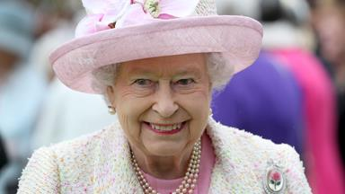 From Shetland ponies to Justin Trudeau: Queen Elizabeth's Scottish adventure has been a delight