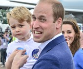 Prince George is literally Prince William's spitting image... Like all the time
