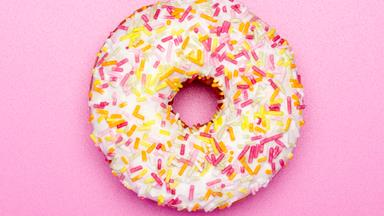 4 things you need to stop believing about a sugar-free diet right now