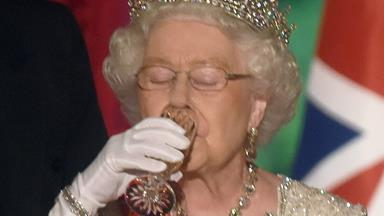 Elderly people should be drinking alcohol to live longer