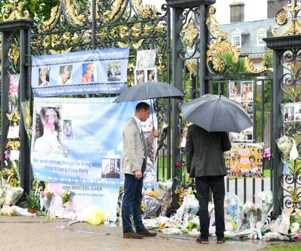 The palace is expecting a new deluge of flowers, cards, candles and banners in honour of the 'People's Princess.'