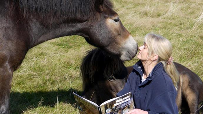 We want this wild pony whisperer's life