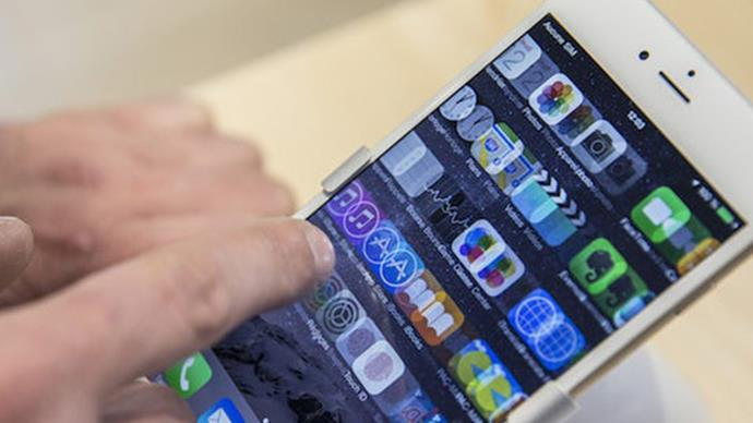 These 50+ phone apps all have money-stealing malware and we've got some deleting to do