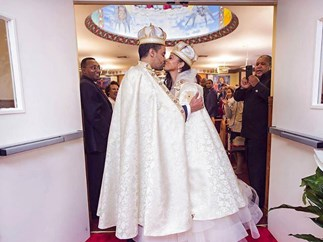 Woman marries prince she met in a bar (and no, it's not Princess Mary)