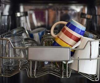 5 things you should never put in the dishwasher