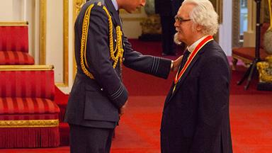 Sir Billy Connolly has been knighted but doesn't think his name is worthy of the new title