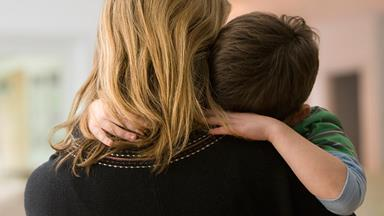 """OPINION: """"Why I don't believe you can raise a child as a single mother..."""""""