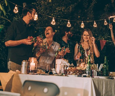 5 genius tips for throwing the ultimate summer soiree