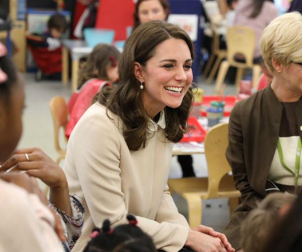 Kate took the opportunity to chat and laugh happily with a wide range of parents at the event.