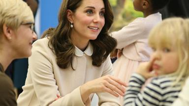 The Duchess of Cambridge glows as she bonds with fellow pregnant mums