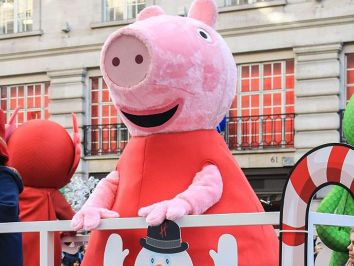 Mum punches and knocks out 50-year-old woman trying to see Peppa Pig at Christmas Parade