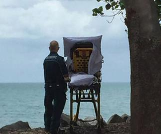 Paramedics take dying woman to the beach for the last time
