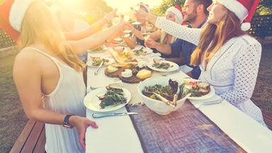 How to host a healthy party