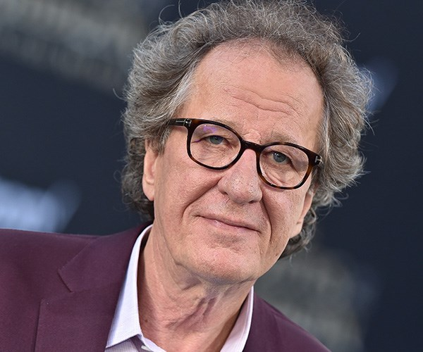 Geoffrey Rush denies accusations of inappropriate behaviour