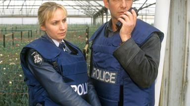 "Lisa McCune talks Blue Heelers: ""I never wanted Maggie to die!"""