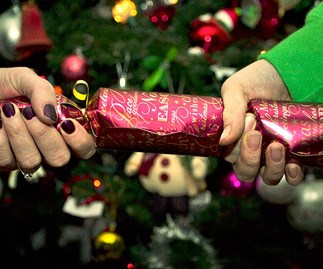 40 of Christmas cracker jokes that are actually funny
