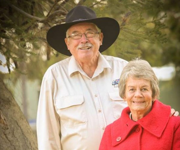Meet the outback Mrs and Mr Claus ensuring thousands of farmers and families have a merry Christmas