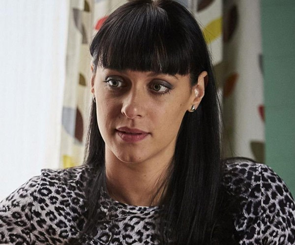 Home and Away actress Jessica Falkholt has passed away in hospital