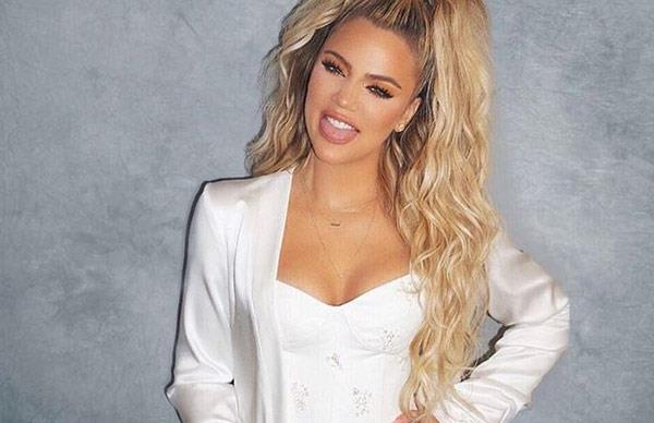 Khloe Kardashian told her TV crew she was pregnant before anyone in her family