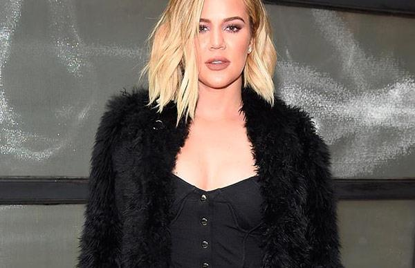 Is Khloe Kardashian smoking while pregnant?