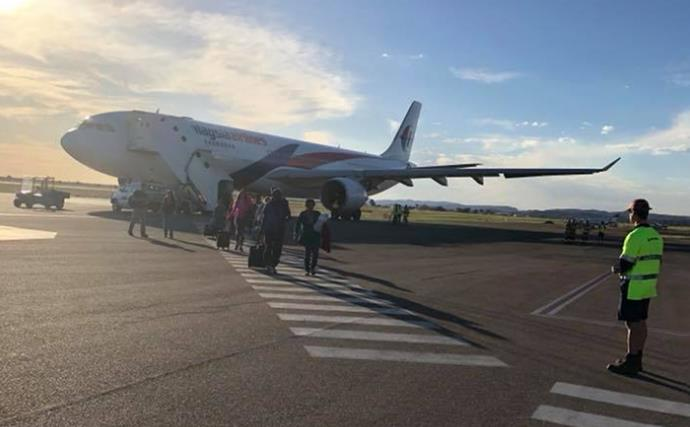 """""""I thought I was going to die."""" Inside Malaysia Airlines hell flight forced to land in Alice Springs"""
