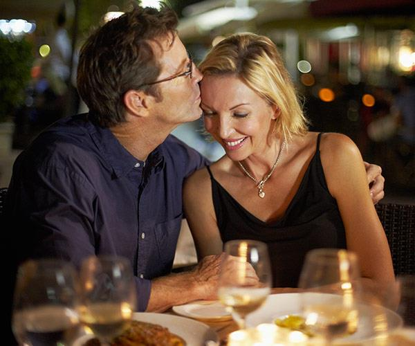 How to date when you're over 40: Here are five fun first date ideas
