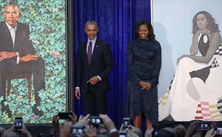 "Barack Obama praises artist for capturing the intelligence, charm ""and hotness"" of Michelle Obama"