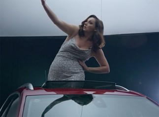 """This is what happens when you ask Celeste Barber to """"model"""" in a car ad"""