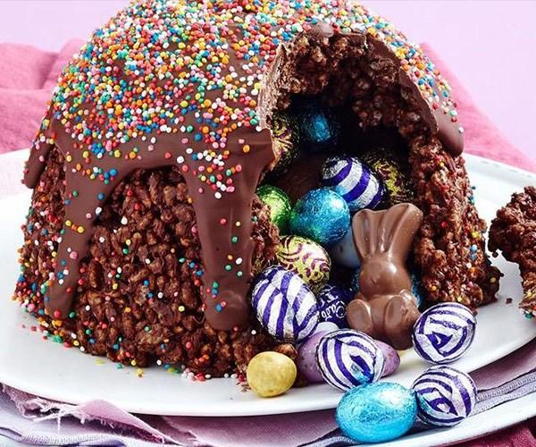 Easter egg hunt smash cake