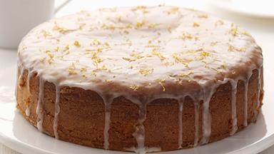 How to make Prince Harry and Meghan Markle's Royal wedding cake at home