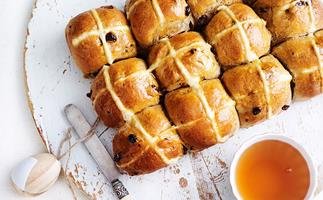 Easter hot cross bun recipe