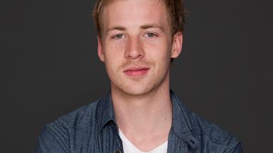 Packed To The Rafters' Angus McLaren joins Home and Away!